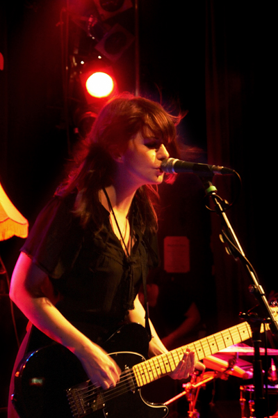 Blood Red Shoes live